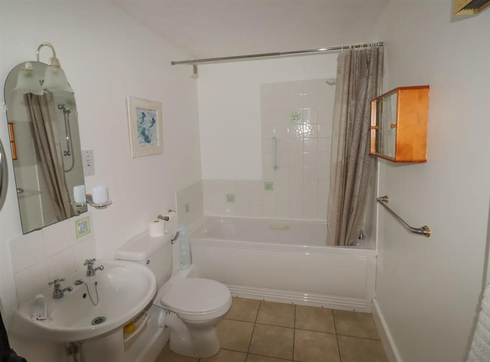 Bathroom at Wanderer in Sutton Staithe, near Stalham, Norfolk