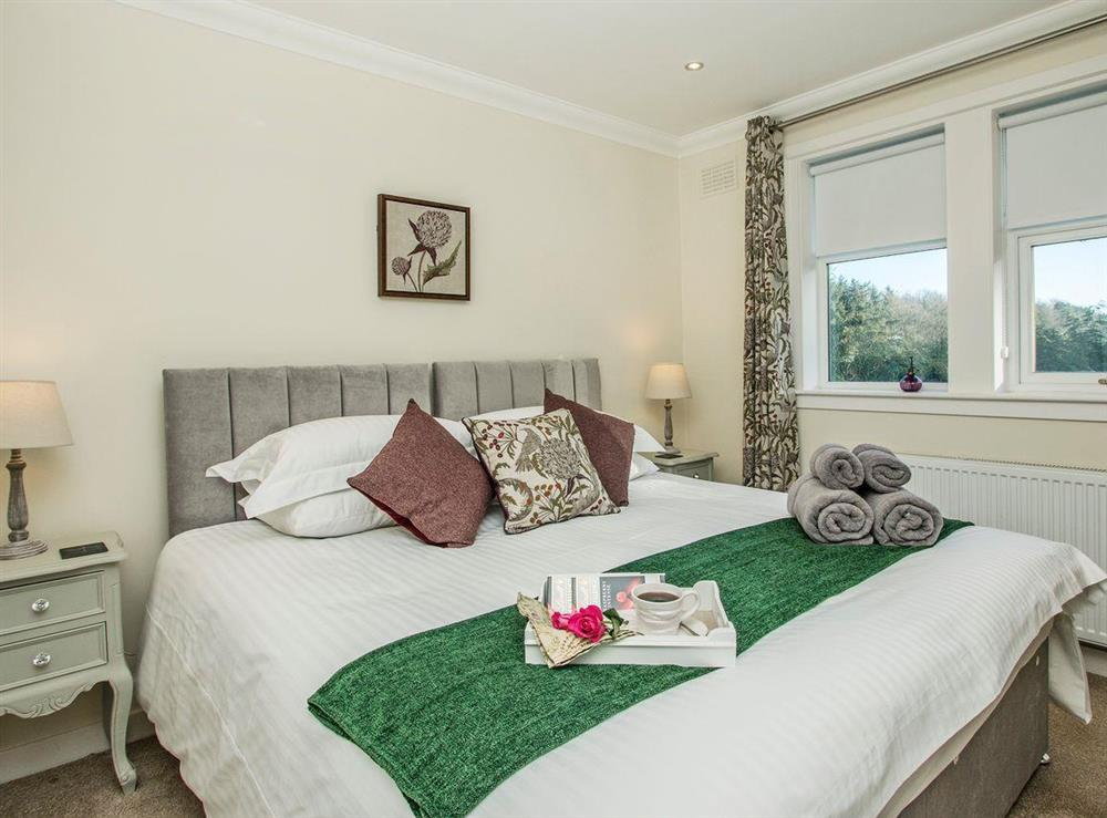 Charming double bedroom at Wellpark in Alloway, near Ayr, Ayrshire