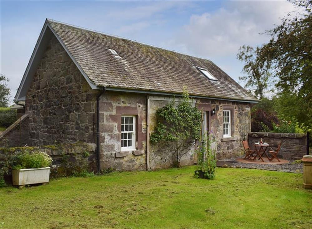 Delightful traditional Scottish cottage at The Old Stables at Westerton,