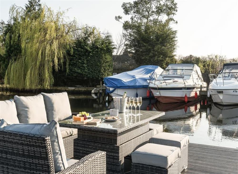 Sitting out area at Whispering Reeds in Horning, near Wroxham, Norfolk