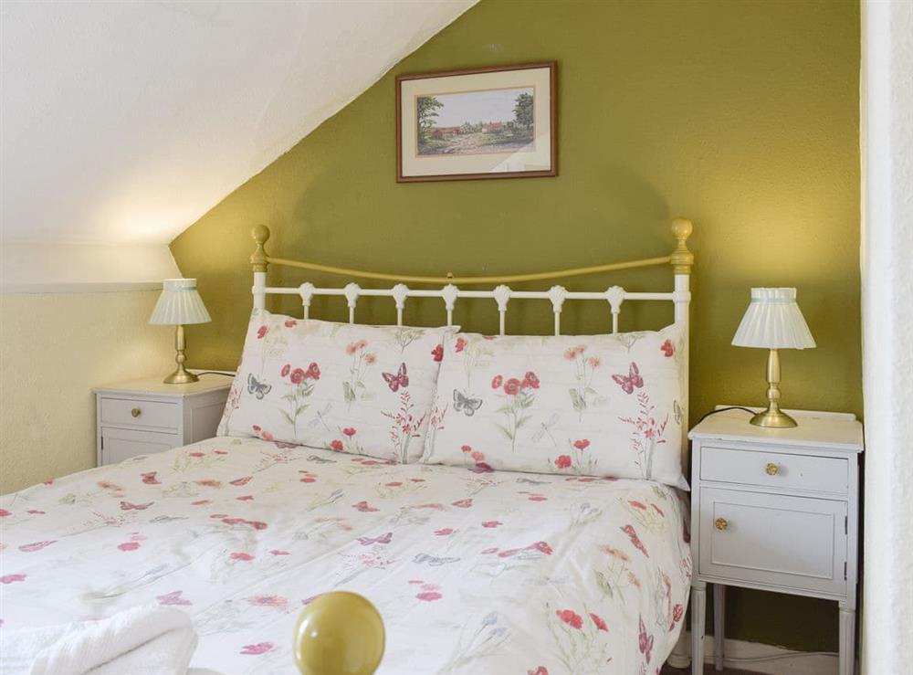 Comfortable double bedroom at Hidden Treasure,