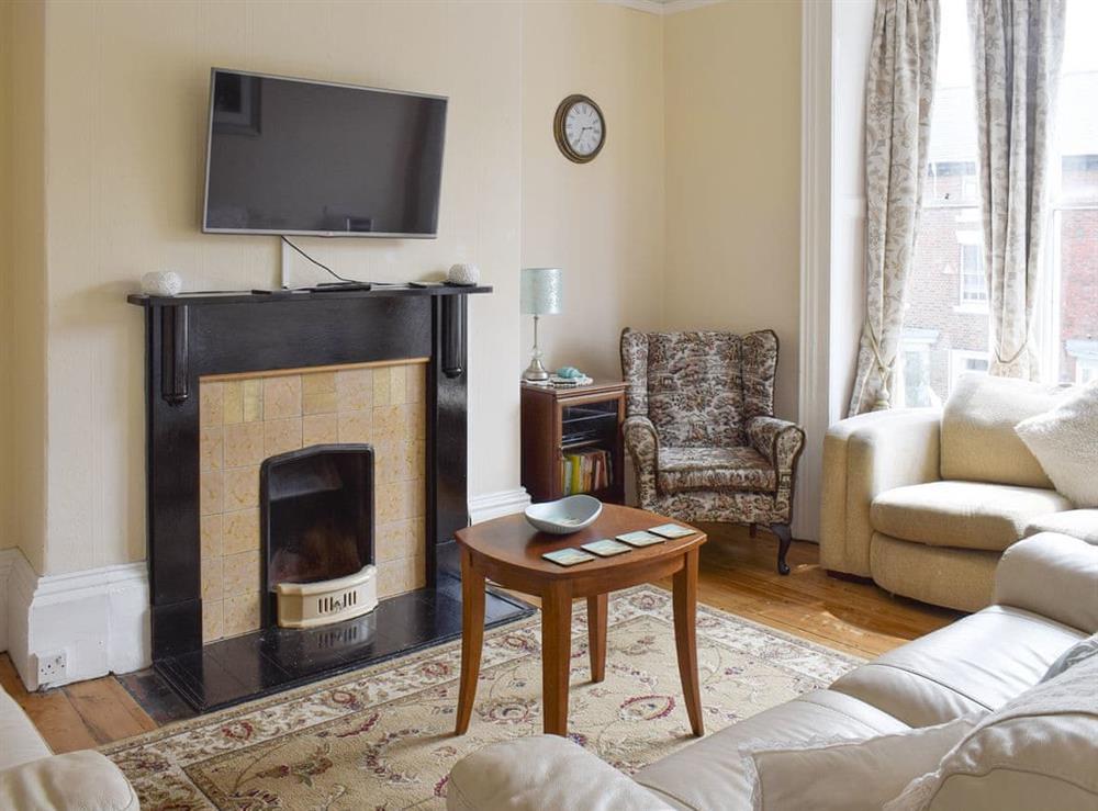 Welcoming living room at Hidden Treasure,