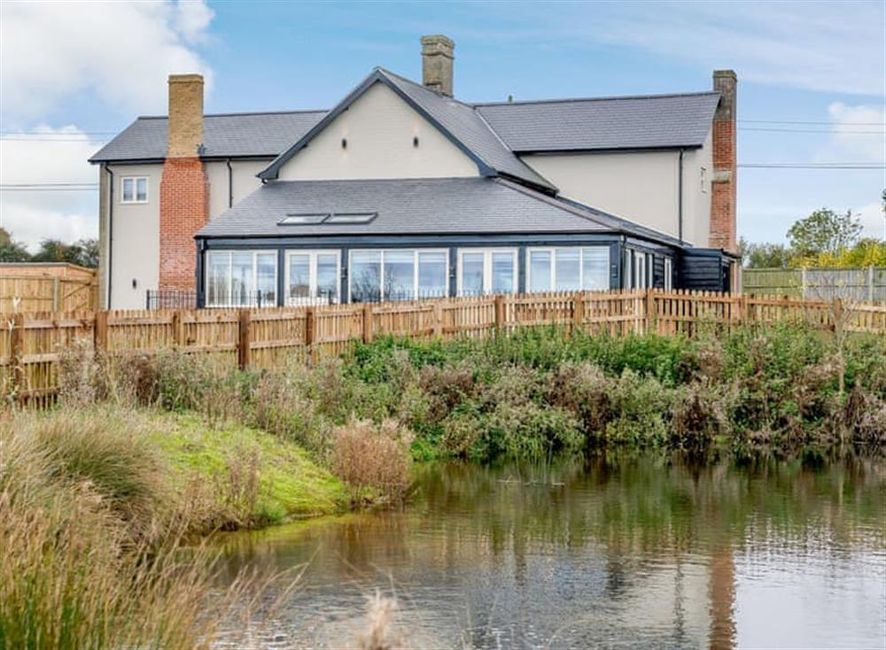 Wonderful accommodation overlooking a small lake at Heveningham Farmhouse,