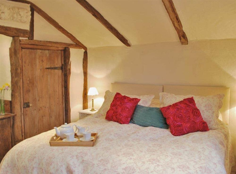 Twin bedroom at Stable End,