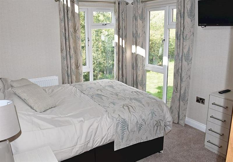 Double bedroom at the Glen Mhor 3 at Wold View Lodges in Claxby, Nr Market Rasen