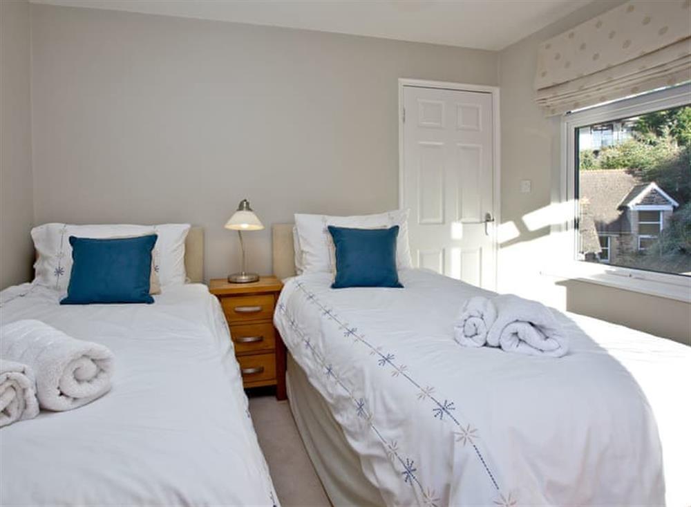 Twin bedroom at Woodbine House in Dartmouth & Kingswear, South Devon