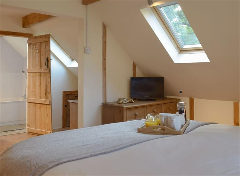 Comfortable double bedroom (photo 2) at Woodpecker Rest in Llechryd, near Cardigan, Cardigan, Dyfed