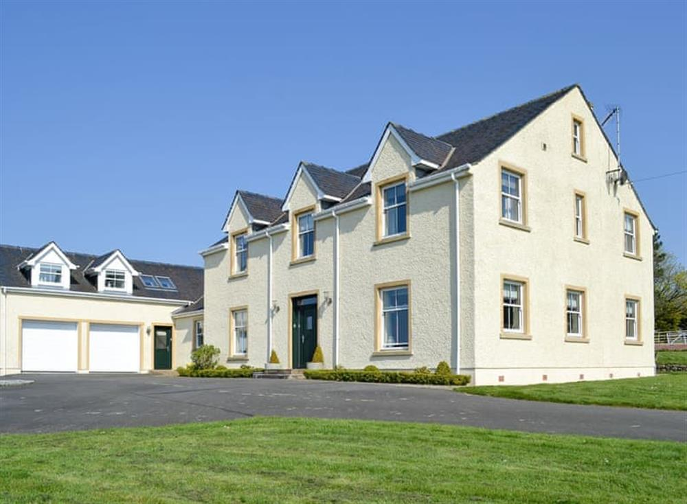 Lovely detached holiday property at Yonderton House,